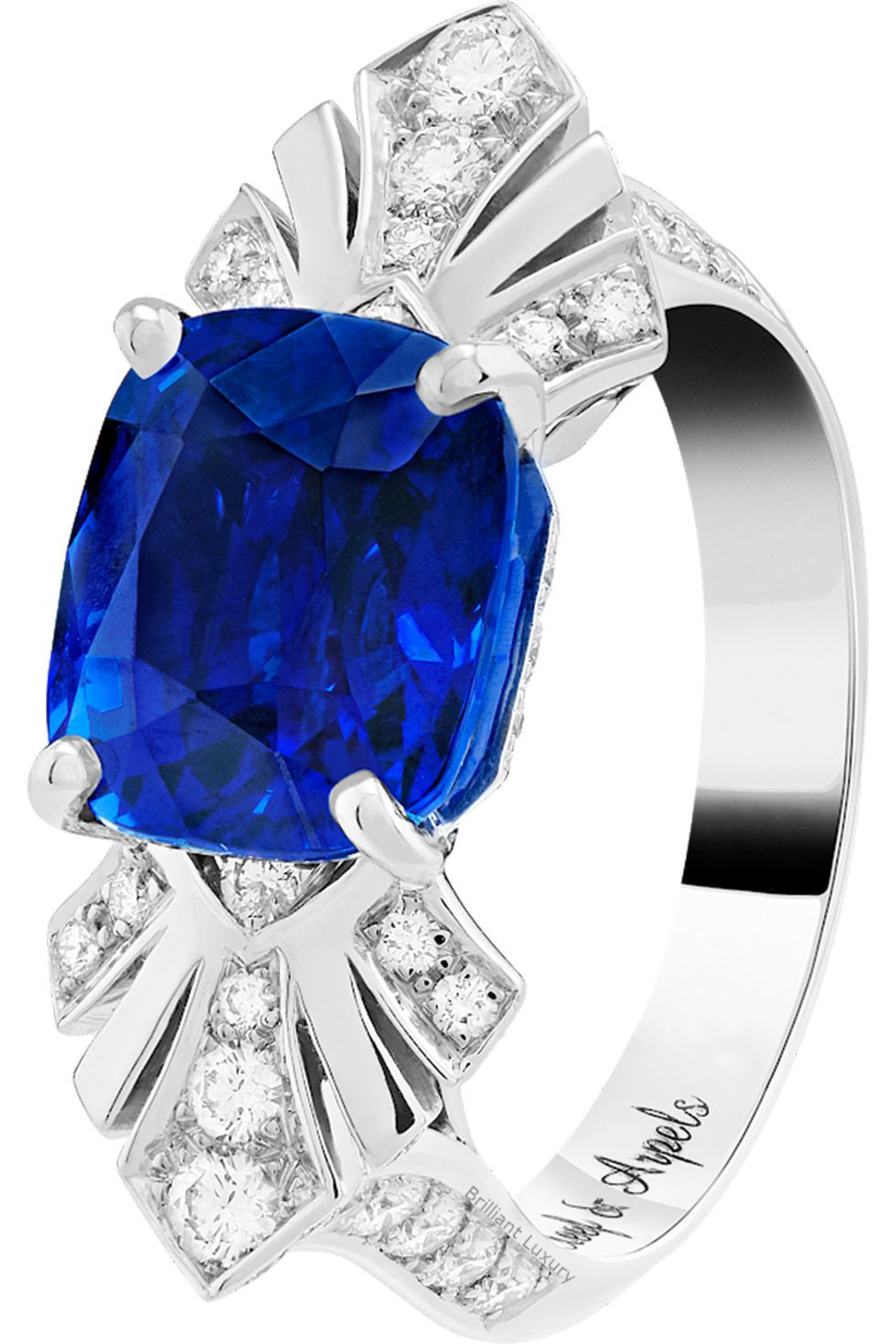 Brilliant Luxury│Van Cleef and Arpels sapphire ring