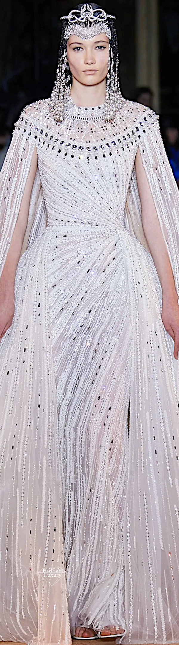 Zuhair Murad Spring 2020 Couture Egyptian Embroidered White Gown #fashion
