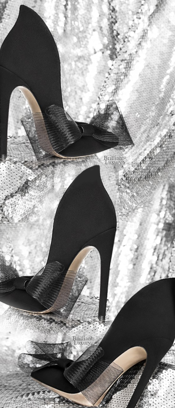Aleksander Siradekian black Roza bow pump #brilliantluxury