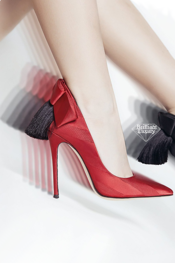 red Gherda bow pump #brilliantluxury